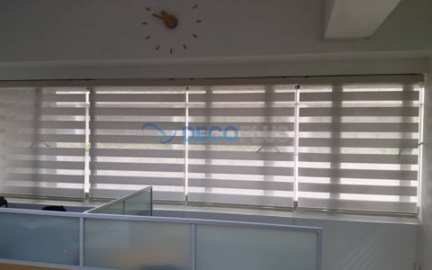 Kitchen Blinds in addition Modern Window Treatments together with Ralph Lauren Home Chic Seaside In Blue likewise Bay Window Curtain Rods also Bedroom Window Curtains Ideas Designs. on fabric window blinds designs
